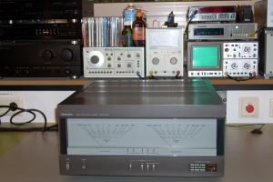 audiotronic-2008-10-002F06C3E81-CFA4-4B6A-EFA5-51E86074BB15.jpg