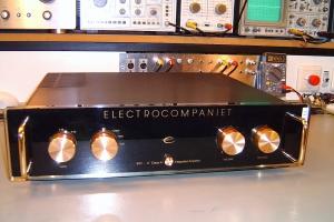 audiotronic-2008-11-012C781FFC9-07D2-F720-2F87-242C4D4B1810.jpg