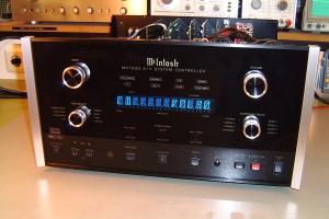 audiotronic-2008-11-0134802D0E0-778B-673F-C320-27DFCCDE4674.jpg