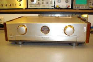audiotronic-2009-06-0236AD64A0D-58CC-748C-4AB2-3354381BBCAA.jpg
