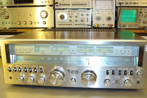 audiotronic-2009-09-001-10246CDC9BBD-A374-3DB4-CBE0-190E6E10311C.jpg