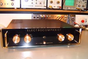 audiotronic-2009-09b-008A84D7D20-817B-B028-85F0-741E1A2FBA2D.jpg