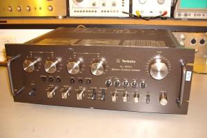 audiotronic-2009-10-012FB081C56-3A83-5DE9-6B7E-5FBA4E7F30E5.jpg