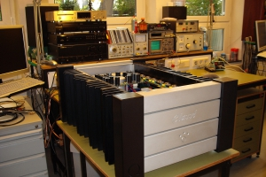 audiotronic-2009-10-020979892A9-6D2A-15B8-82B1-8C44FC0583F2.jpg
