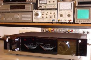 audiotronic-2009-12-0052EF3E243-361D-7AC1-75FB-429969BA6DA1.jpg