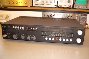 audiotronic-2009-12-0111FA56280-2209-1B7C-2E4E-A1E9E2642979.jpg