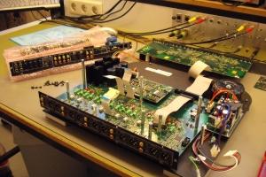 audiotronic-2011-02-006AC0665E8-EB43-743A-F84E-BEF8FD267CB7.jpg