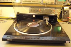 audiotronic-2011-03-030A604599C-5FC6-51B0-5A22-A15313008921.jpg