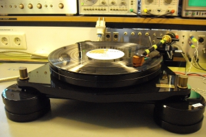 audiotronic-2011-04-0038582C4D1-9C68-5A6D-4123-BD71E4267A82.jpg