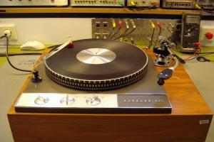 audiotronic-2011-10-0069A5AE5A1-7226-684C-1B1F-C595DCE30BF3.jpg