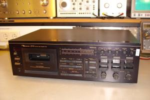 audiotronic-2012-01-00220D85021-9470-CE65-A0E5-03BA3CC42A1B.jpg